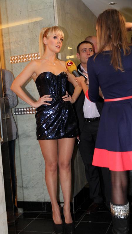 Певица валерия в сексуальном платье