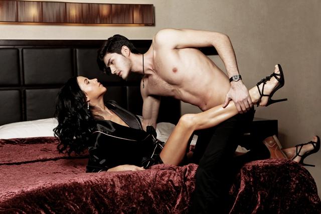 Сексуальные сцены с мирославой карпович видео