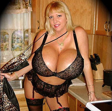 Порнозвезды с очень большой грудью фото 308-612