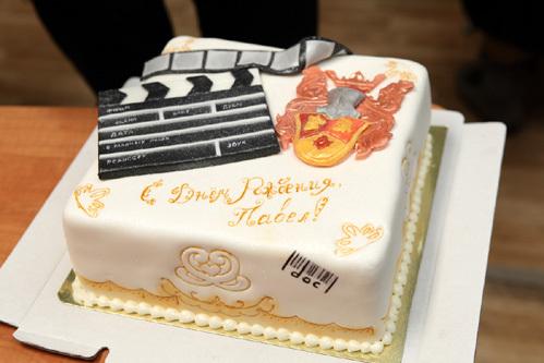 Поздравления с днем рождения мужчине актёру