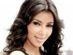 Ким Кардашян потрясла публику откровенным платьем