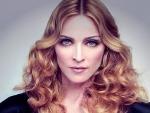 Мадонна показала поклонникам пышный бюст в стильном корсете