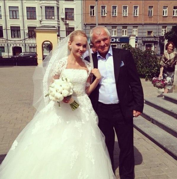 Фото свадьбы варвиной с михайловским 28